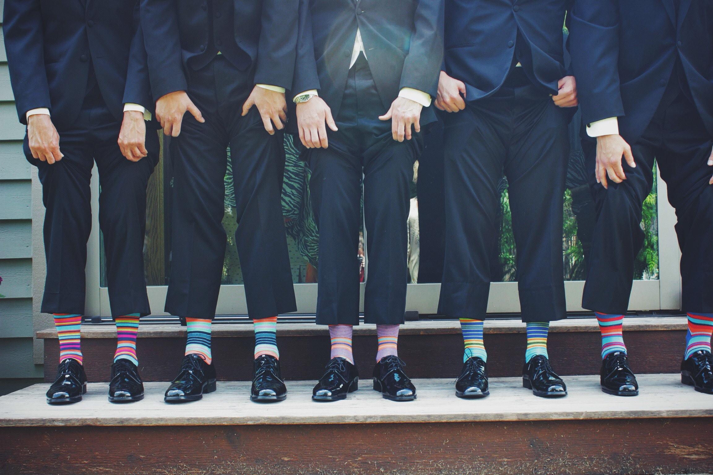 Milyen zoknit viselj öltönyhöz?